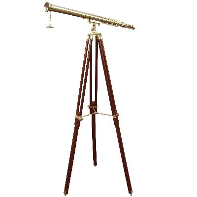 Fernrohr mit Bodenstativ, Messing, Vergr. 10-fach, L 100 cm, Stativ Holz/Messingbeschläge, Maße: H 160 cm x B 95 cm