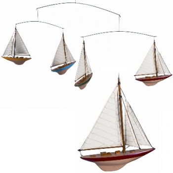 Ship's Mobile America's Cup, 4 yachts, wooden hull, painted, cotton sails, Dimensions: l 16.5 x w 3 x h 20.5 cm
