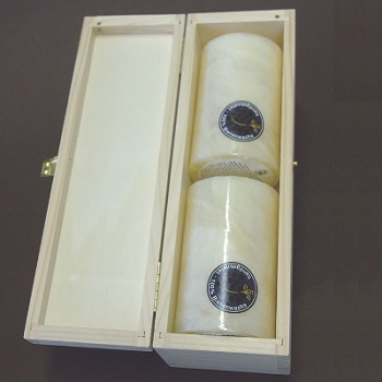 Beeswax Pillar Candles in Box, ivory marbled, 2 pieces per Box, Dimensions: h 10 x Ø 6 cm