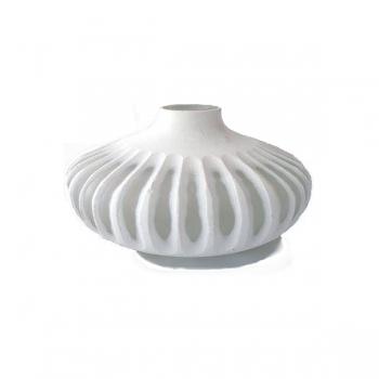 XO dsgn Vase Disc, cut, h 12 x Ø 12 cm, white