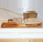 Hair Brush Olive Wood, oval, large, with wood pins, Dimensions: l 21.5 x w 6 cm