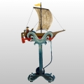 Balancefigur Segler, mit Echtheitszertifikat und Metallseriennummer, Maße: H 55 x B 33 x T 11 cm