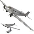 Flugzeugmodell Junkers JU52, detailgetreue Ausführung, auf Standfuß, Maße: L 67 x B 102  x H 26 cm