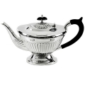 Edzard Tea Pot Queen Anne large, shiny Sterling silver/Bakelite, capacity 1.2 l